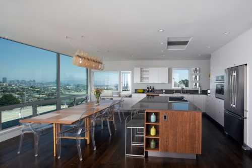 Montoya and Associates, Architects
